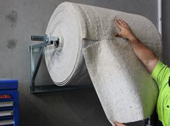 Absorbent roll for workshop